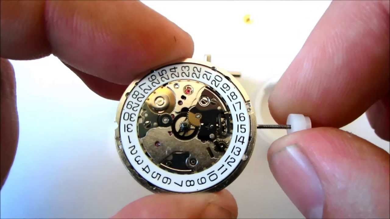 Eta 2892 a2 mechanical watch movement automatic winding youtube for Auto movement watches