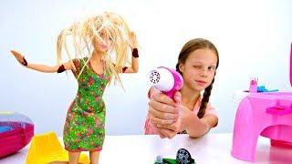Салон красоты - Барби упала в лужу. Мультики для детей