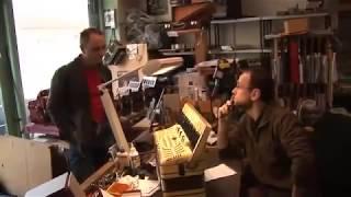 Laurent Jarry facteur-restaurateur d'accordéon, atelier La boîte d'accordéon, Montreuil