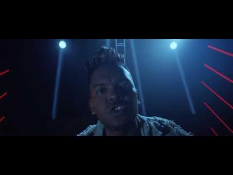 Redimi2 - Por Un Like (Video Oficial) ft. Lizzy Parra, Angel Brown