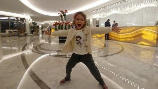 Akra Barut Hotelde Tatil kaçamağı yapıyoruz,Antalya içinde 2 gün otelde dinleniyoruz,çocuk videosu
