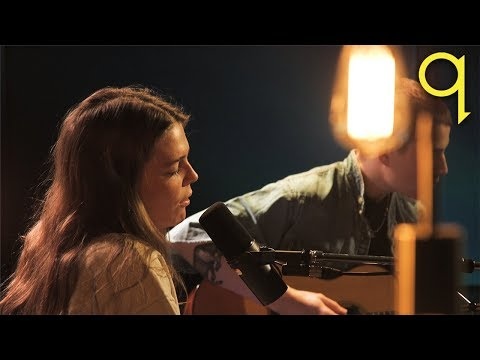 Maggie Rogers - Light On (LIVE)