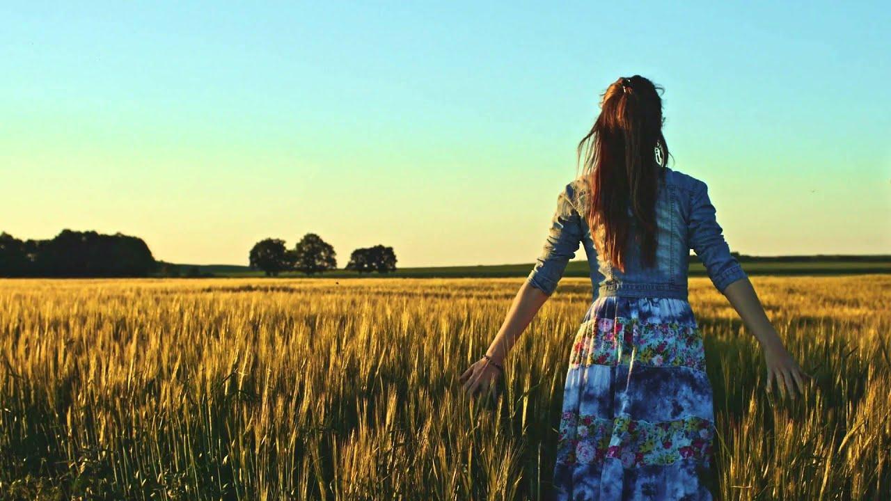 Free Wallpaper Of Girl In Rain Beautiful Girl Running On Sunlit Wheat Field Slow Motion