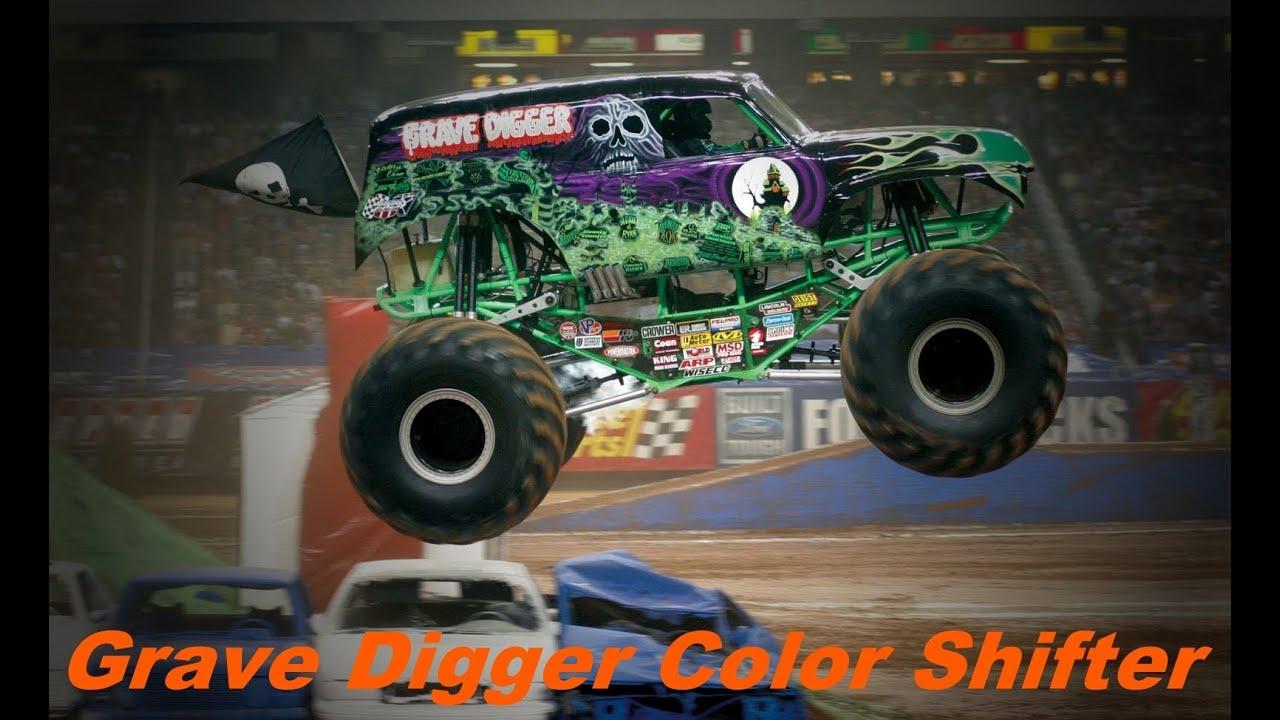 Hot Wheels Monster Jam Trucks! Grave Digger Color Shifter ...