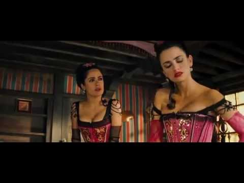 Filme Bandida Salma Hayek ensinando Penelope Cruz a beijar um homem