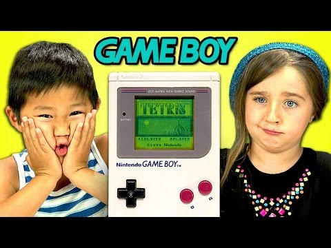 Papercraft KIDS REACT TO GAME BOY
