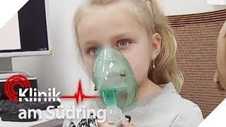 Erstickt Liv (5)? Das kleine Mädchen bekommt keine Luft mehr und au...