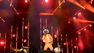 "Lil Nas X Surprises School with ""Old Town Road"" Performance Video"