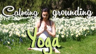 Calming and Grounding Yoga - 10min (Seated Poses)