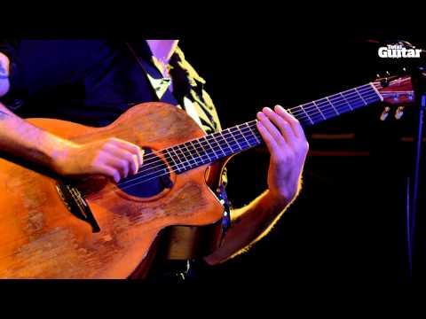 Jon Gomm guest lesson - Percussive Fingerstyle (TG249)