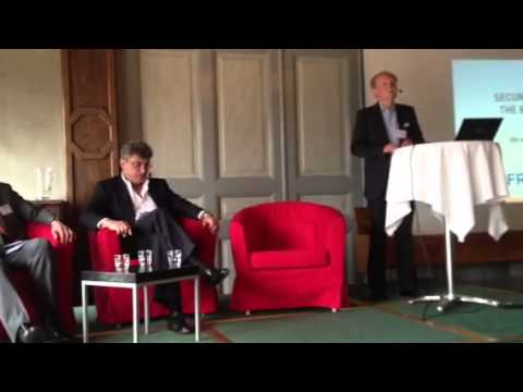 Introducing Kazocins and Nemtsov at Frivärld's conference