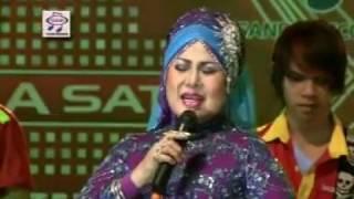Elvy Sukaesih - Bulan Di Ranting Cemara ( Official Music Video )