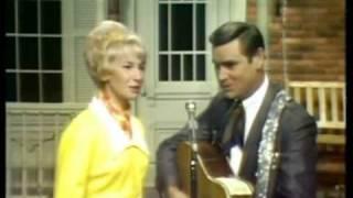 George Jones and Tammy Wynette - Milwaukee Here I Come