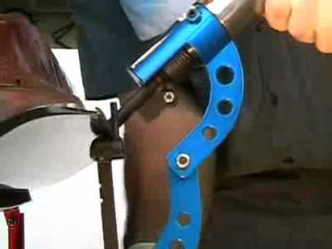 & Pneumatic Door Skin Tool - YouTube