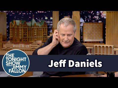 Jeff Daniels Recalls a Great James Gandolfini Improv Moment