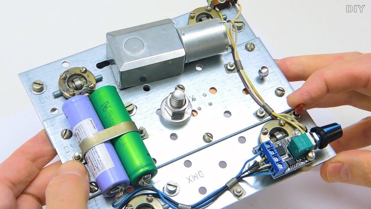Моторизованный слайдер для камеры за 20$ своими руками