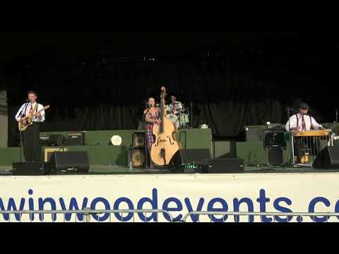 Bamboozle-Main Arena@Twinwood Festival 2017