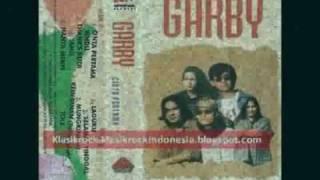 Garby - Cinta Pertama.flv MP3