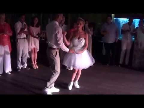 The Most Epic First Wedding Dance Ever!!!!!!!! LIGHTS!!! Must see this, trainers light up at the end