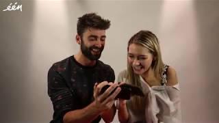 Sieg en Tinne lezen tweets van hun fans 😂