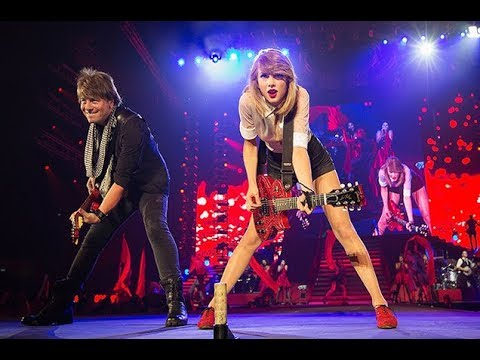 Taylor Swift The Red Tour Dvd Part 1 Youtube