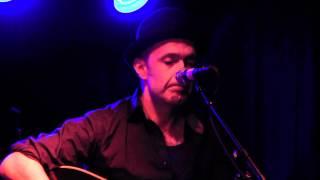"""Toni Holgersson live """"Blå moln över Stockholm"""""""