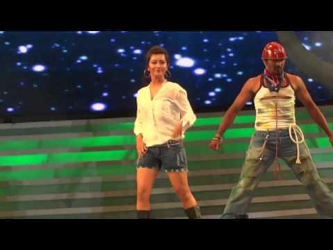Radhika Pandith Rocking Performing in UDAYA FILM AWARDS - 2013