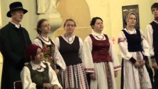 2015 11 02 Baltas liūdesio balandis  Lietuvos edukologijos universiteto folkloro ansamblis Poringė