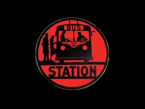 Quake Live: Bus Station Karaoke - I'm too spammy