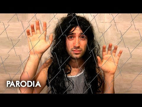 Shakira - Me Enamore (PARODIA/parody - Official Video)