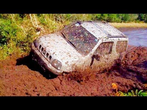 Compilação: Suzuki Jimny na lama (Compilation: Suzuki Jimny on Mud)