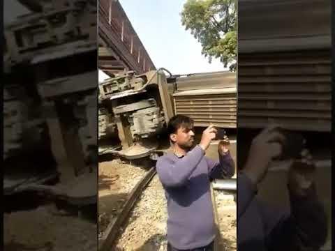 Live rail accident jabalpur ajmer dayodaya express