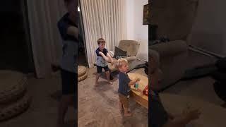 Внук танцует