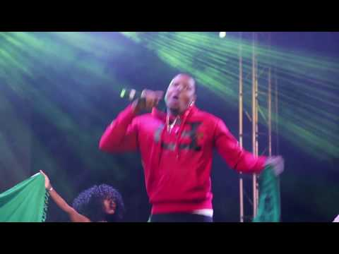 MIC BURNA live on stage
