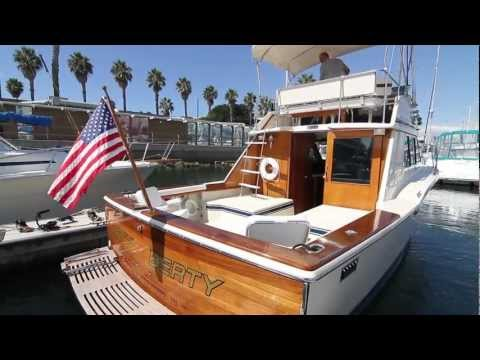 1976 Chris Craft 30 Tournament Fisherman - Totally Restored