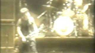 Green Day - Fashion Victim live @ Fukuoka, Japan 2001