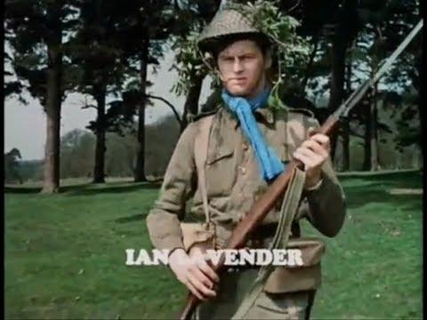 Ian Lavender actor