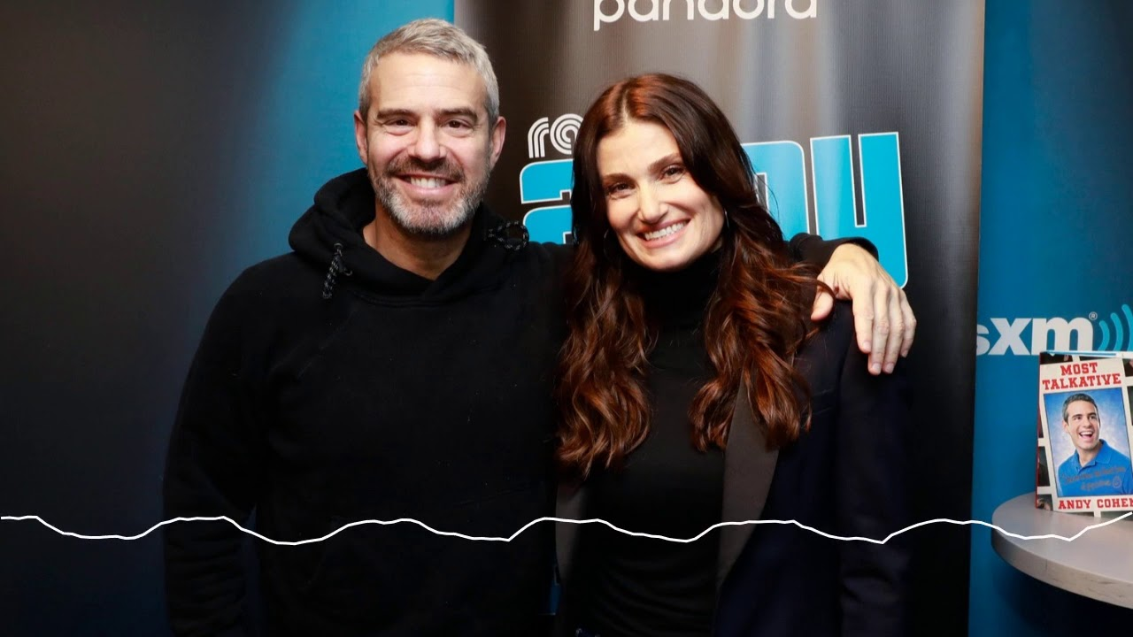 Idina Menzel on Falling In Love on Stage