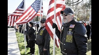 Veterans Day 2017  What's open  closed  Banks  post office  stores  more