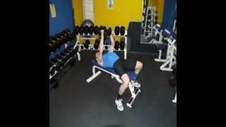 Грудные мышцы видео. Разведение гантелей лёжа.(Грудные мышцы видео. Разведение гантелей лёжа. Разводка. Всё о занятиях на Тренажёрах! Сайт: http://www.trenergold.ru..., 2012-06-16T14:20:03.000Z)