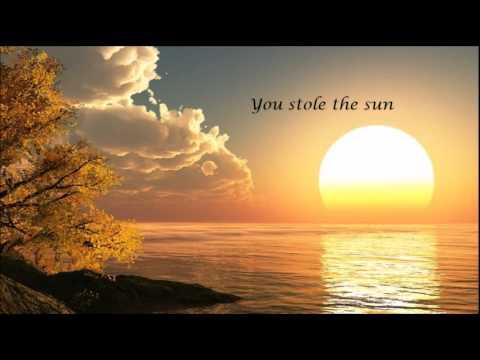 Dart Rayne & Yura Moonlight and Katty Heath Stole The Sun (Allen & Envy Remix) (+ lyrics)