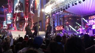 Midnight Red-I Knew You Were Trouble Cover (Jingle Ball Village)