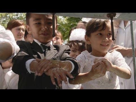 In Uzbekistan, children learn proper hand-washing
