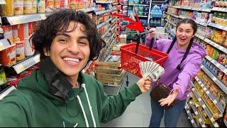 تحدي ١٠ دقايق في السوبر ماركت مع موها| خلصت فلوسة