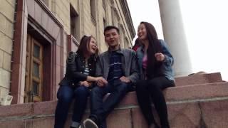 Во время съемок видео: Свадебное приглашение для Меруерт и Мейрбека