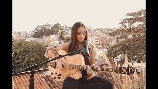Смотреть клип Mariana Nolasco - Tudo Fora De Lugar | Acústico
