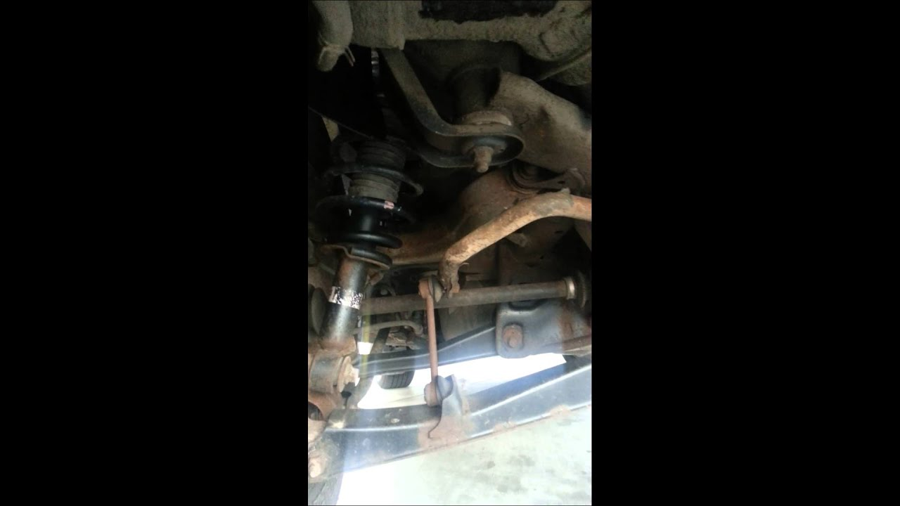 2005 Mitsubishi Endeavor Fuel Leak March 5th 2014 Youtube