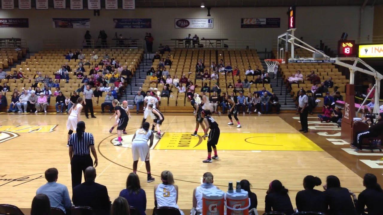 Valparaiso University Womens Basketball Jessica Carr hit a ...