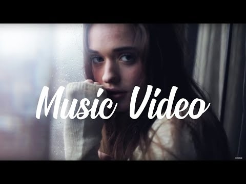 Lalo Project feat Aelyn - Listen to me, Looking at me MUSIC VIDEO