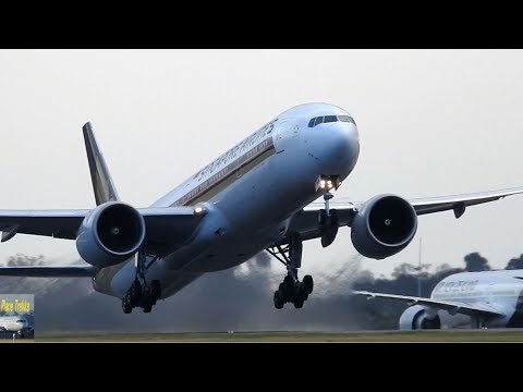 Extreme Close Up Plane Spotting at Melbounrne Airport Aug 2017